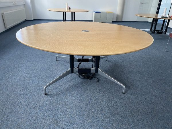 Besprechungstisch, Vitra, Round Dining Table 180 cm - Charles & Ray Eames
